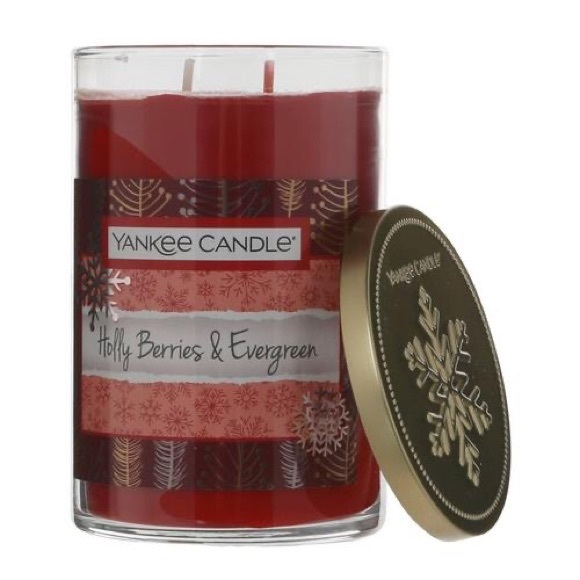 Yankee Candle Holly Berries and Evergreen Tumbler